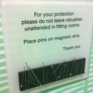 Magnetic Pin Holder for Dressing Room