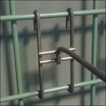 All Wire Grid Hooks Green Grid Detail