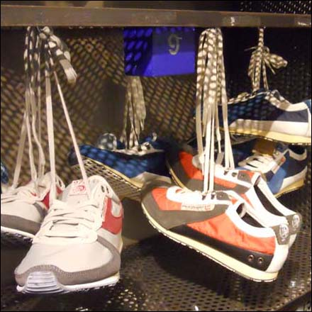 Four Ways Shoefetti