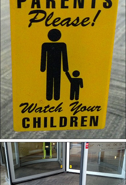 Revolving Door Warning Sign Composite