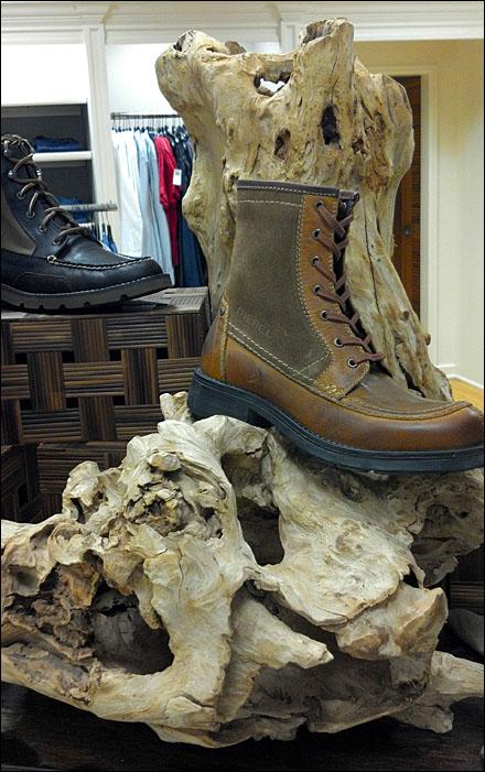 Hiking Boots Vs Walking Shoes