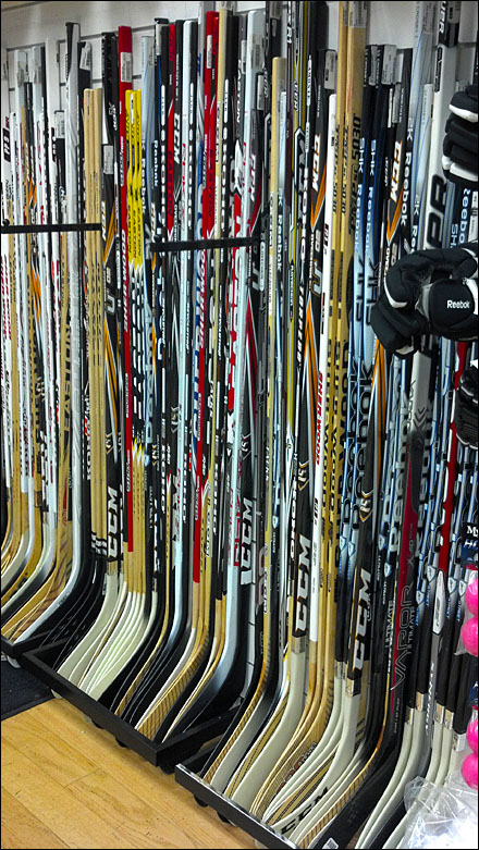 Hockey Blade Display Rack For Slatwall Fixtures Close Up