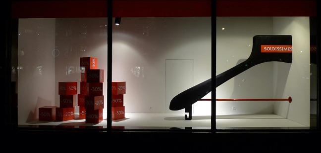 Vitrines Soldes aux Galeries Lafayette - Paris, janvier 2013   Flickr - Photo Sharing! Aux