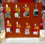 Hooks Selling Hooks in Hardware Aux