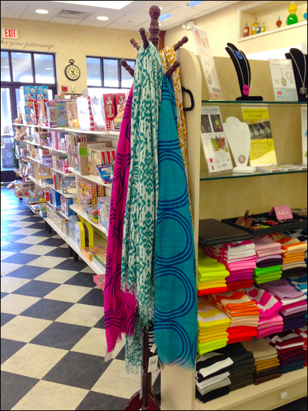 Drugstore Scarf Coatracks Main