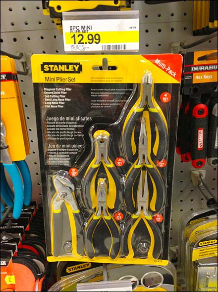 Stanley-Tool Plier Package Asymmetry