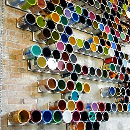 Empty Color Paint Can Display Aux