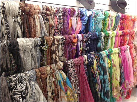 Scarf Wall Cascade Overall