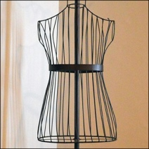Wire Mannequin Dress Form Detail