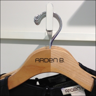 Two-Tone Branded Clothes Hanger Main
