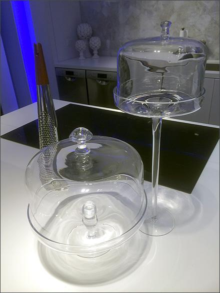 Hi and Low Cake Displayer Bell Jars Main