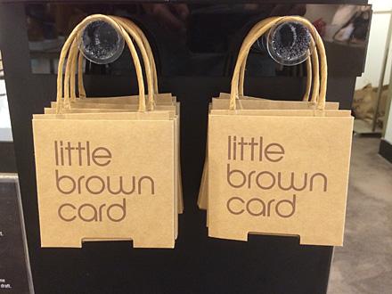 Niederlande-infos   Pictures of Bloomingdales Brown Bag c691ec5f6c