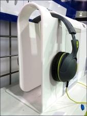 Wrap-Around Headphone Hanger 1