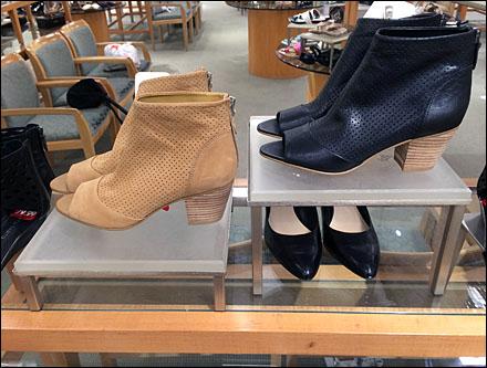 Frontlite Table Legged Shoe Pedestals Main