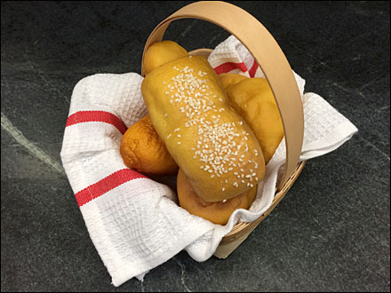 Biscuit Basket With Sesame