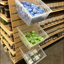Endcap Slatwall PowerWing Baskets 1