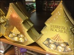 Ferrero Rocher Decorates a Christmas Tree 2x