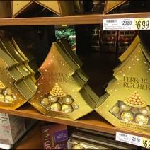 Ferrero Rocher Decorates a Christmas Tree 3x