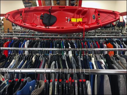 Kayak Clothing Cross Sell Front View Main