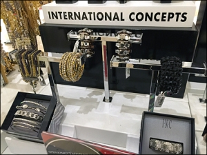 International Concepts T-Stand 1