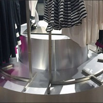 Curved Pedestal, Curved Clothing Rack 1