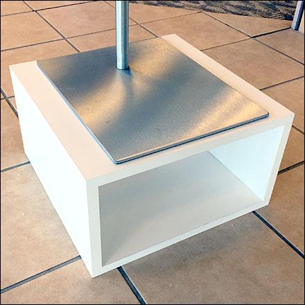 Open End Box Pedestals CloseUp