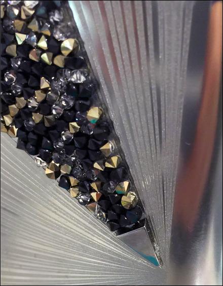 Swarovski Edition Fashio Fragrance Sparkles Detail