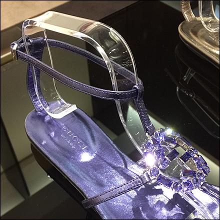 Gucci Sandal Shoe Forms Closeup 2