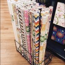 Kings Gift Wrap Floor Stand 2