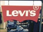 Free-Hanging Levi's® Logo on S-Hooks