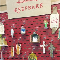 Hallmark Keepsake Staggered Slotwall