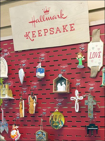 Hallmark Keepsake Staggered Slotwall