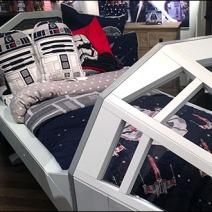 Star Wars Millenium Falcon Bed 2