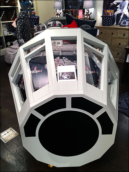 Star Wars Millenium Falcon Bed Front