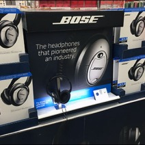 Bose Headphone Display Backlit 1