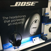 Bose Headphone Display Backlit 2