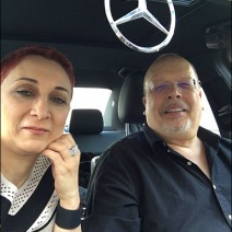Margarit & Tony in Mercedes Aux
