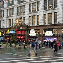 Peanuts Gang Awning Advertising at Macys® Herald Square 1