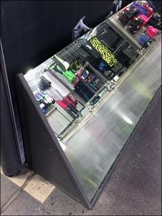 Nike End-Aisle Shoe Mirrors CloseUp Detail