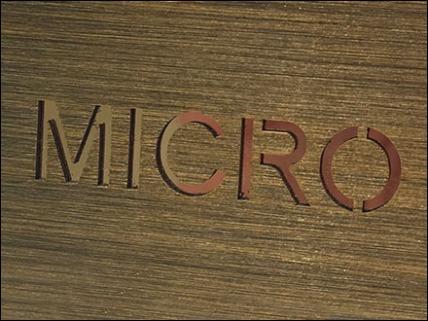 Fendi MICROBAG BRAND LOGO 3