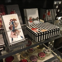 Henri Bendel Branded Pen & Stationery 1