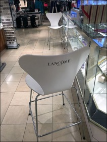 Lancome Branded Salon Seating 1