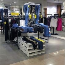Neiman Marcus TrulyNM Pallet Merchandising 1