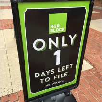 H&R Block Tax Service Retail Countdown 3