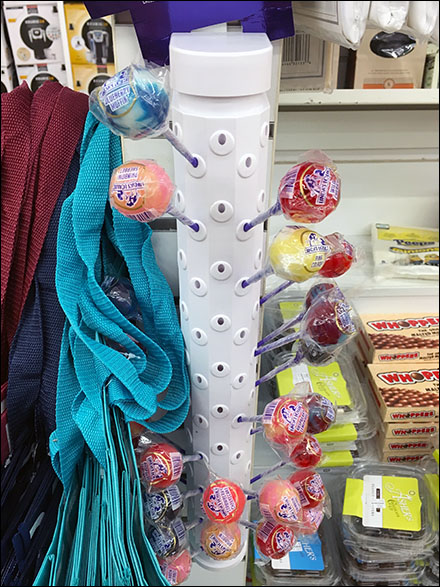 Lindas Lollies Plastic Slatwall Lollipop Display 4