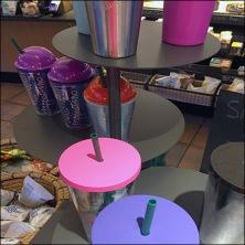 StarBucks Star Trek 3D Chess Travel Mug Display Feature