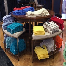 Tommy Hilfiger Circular T-Shirt Table Feature