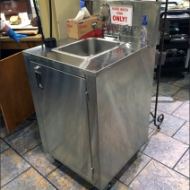 Wegmans Portable Hand Wash Sink 1