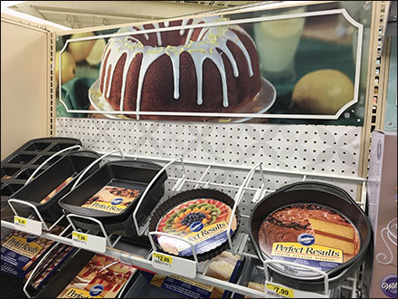 Backing Pan Specialty Display in Decline Main