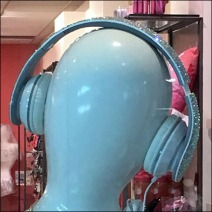 Headphone Mannequins Features